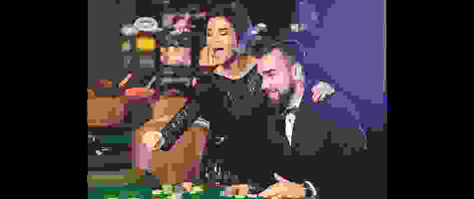 Casino_Couple.jpg